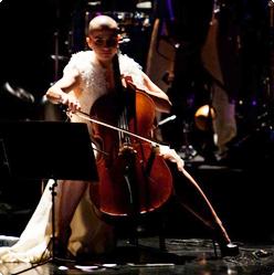 Patricia Ribeiro no Prêmio Bravo 2011